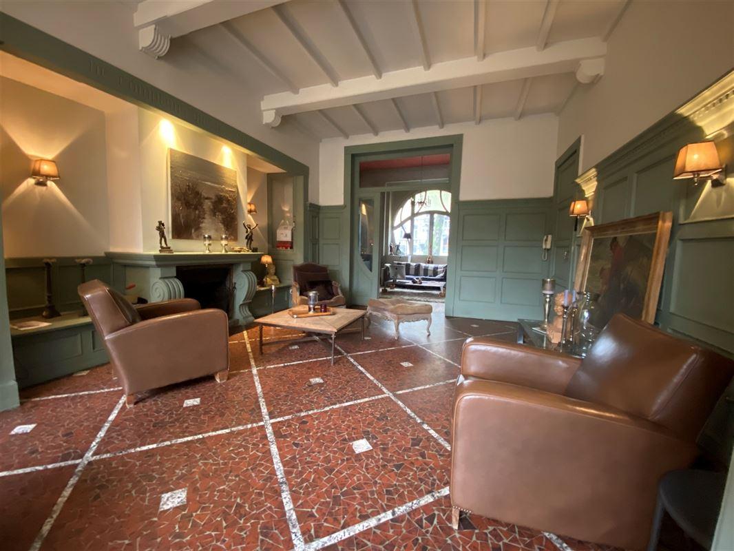 """<br />Superbe habitation """"Art Nouveau"""" située sur la place Victor Carbonnelle, [..]"""