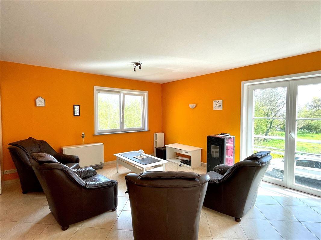 <br />Magnifique duplex de 188m² en haut du Mont-Saint-Aubert ! <br />Cet appartement se [..]