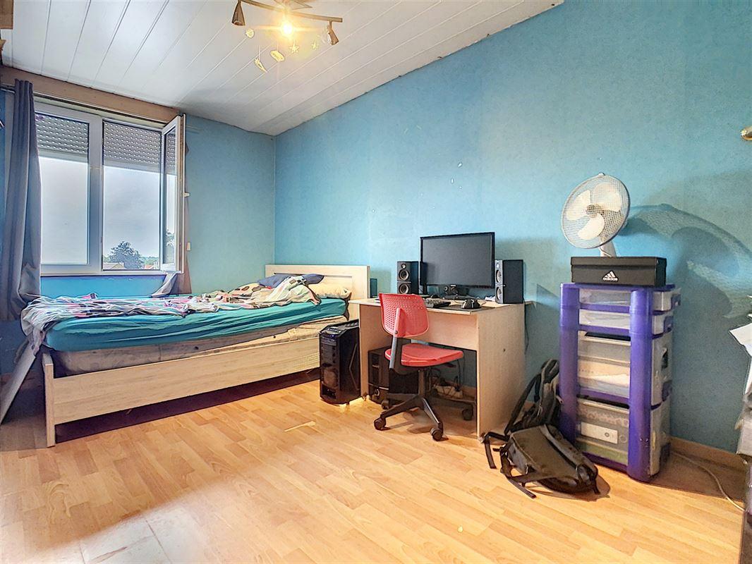 Maison d'habitation offrant de beaux volumes (130m² surface habitable) située dans [..]