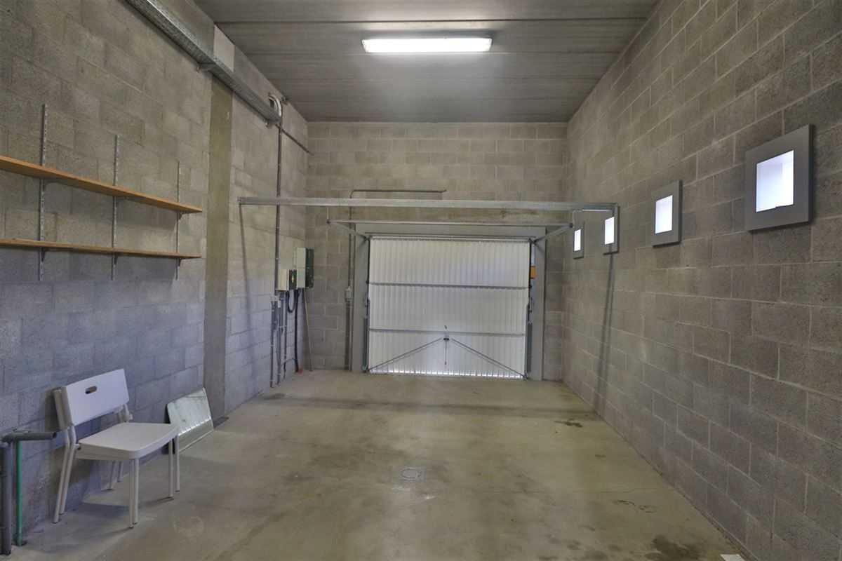 Image 29 : Bien commercial avec habitation à 5377 SOMME-LEUZE (Belgique) - Prix 395.000 €