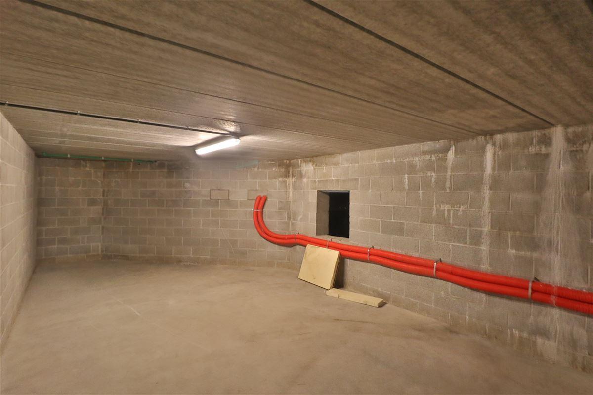 Image 27 : Bien commercial avec habitation à 5377 SOMME-LEUZE (Belgique) - Prix 395.000 €