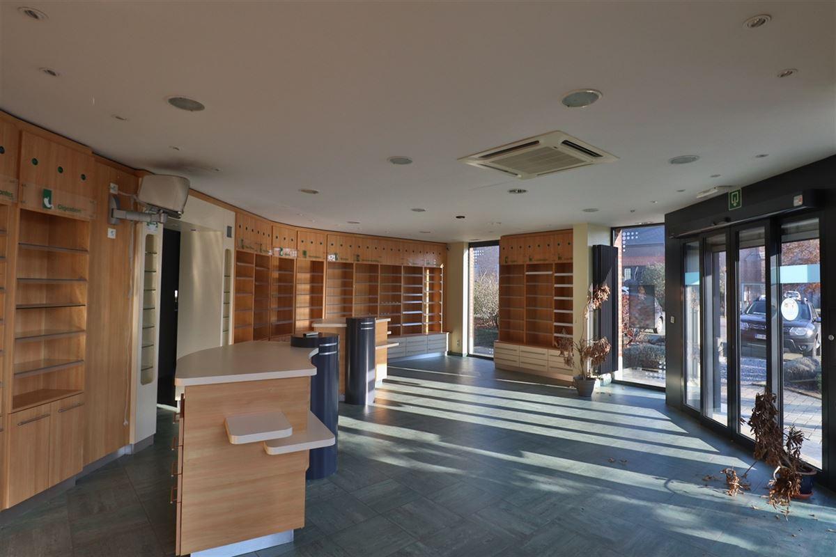 Image 5 : Bien commercial avec habitation à 5377 SOMME-LEUZE (Belgique) - Prix 395.000 €