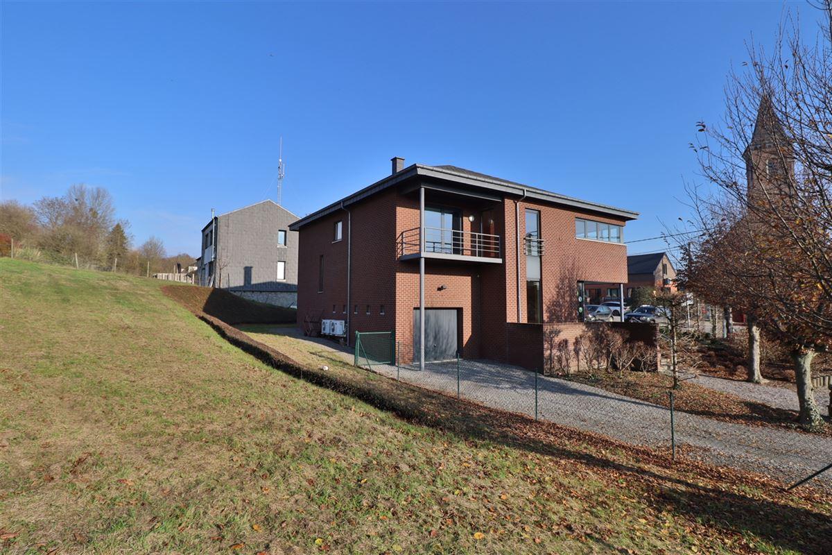 Image 2 : Bien commercial avec habitation à 5377 SOMME-LEUZE (Belgique) - Prix 395.000 €