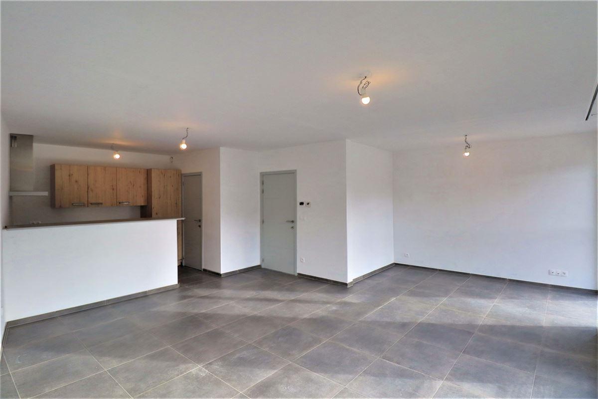 Image 3 : Appartement à 6900 HOLLOGNE (Belgique) - Prix 700 €