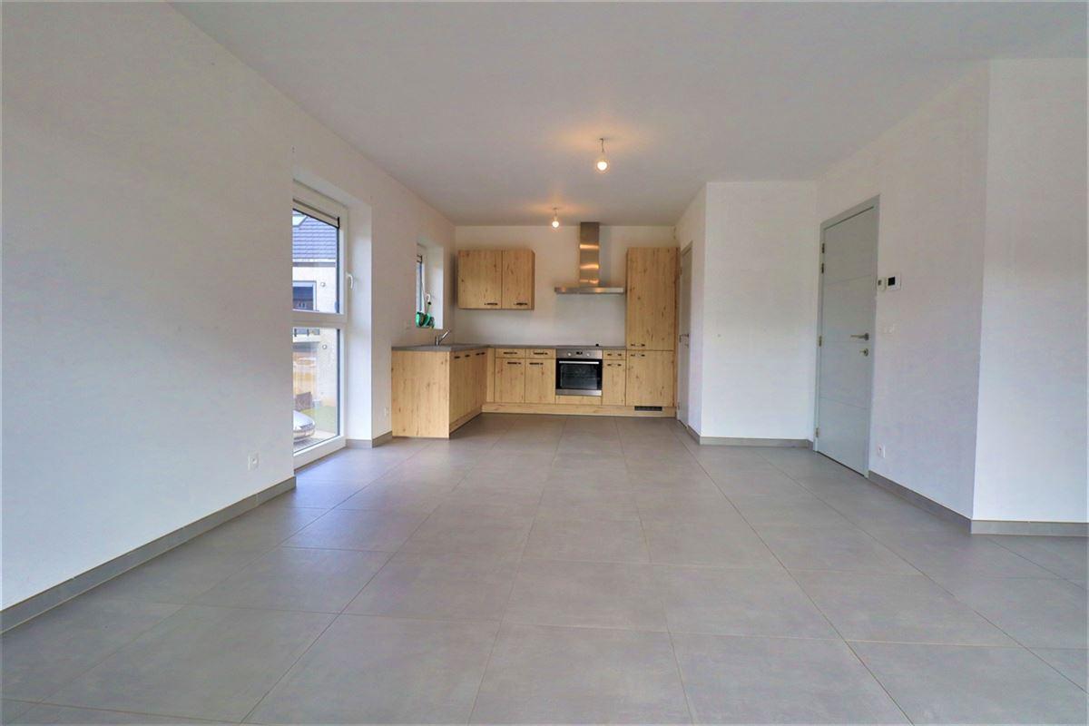 Image 6 : Appartement à 6900 HOLLOGNE (Belgique) - Prix 695 €