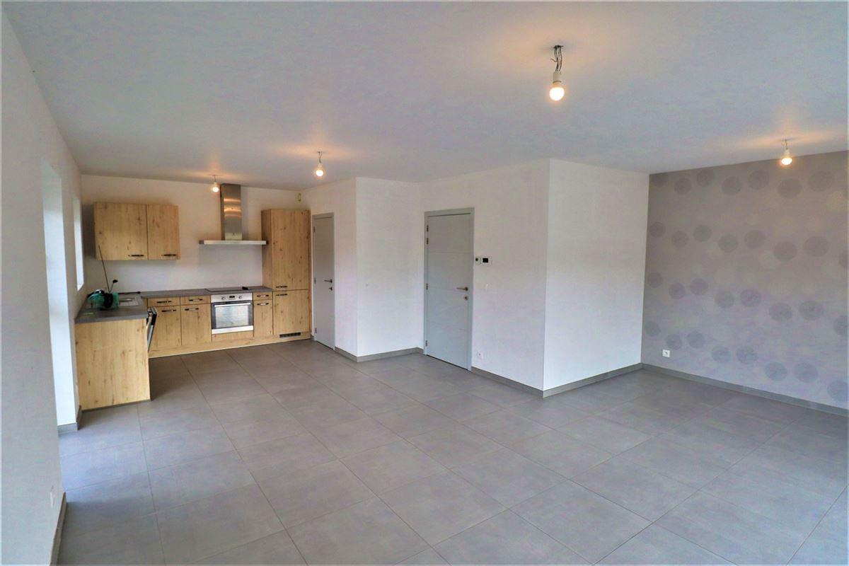 Image 1 : Appartement à 6900 HOLLOGNE (Belgique) - Prix 695 €