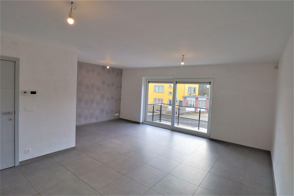 Image 2 : Appartement à 6900 HOLLOGNE (Belgique) - Prix 695 €
