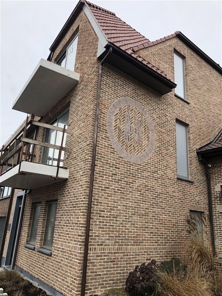 Foto 1 : Appartement te SINT-LIEVENS-HOUTEM (9520) - België