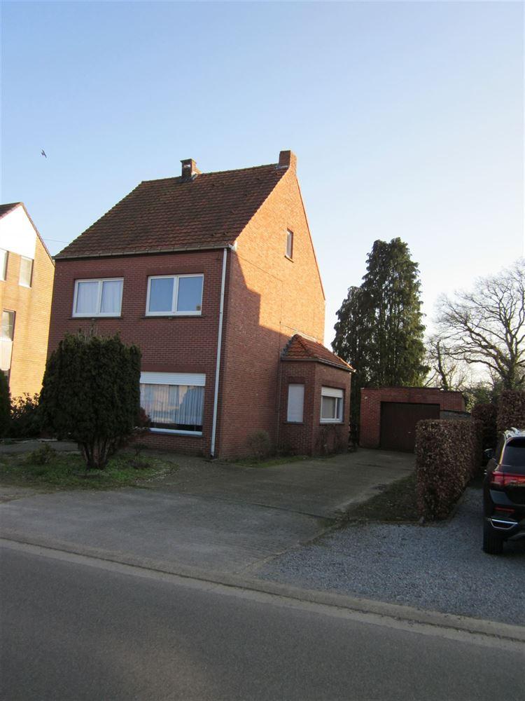 Foto 1 : te renoveren woning te 2400 MOL (België) - Prijs € 210.000