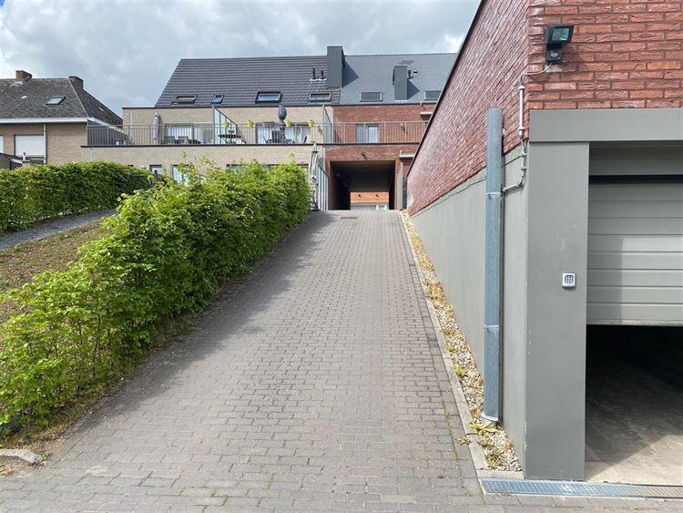 Foto 2 : Parking/Garagebox te 2431 VEERLE (België) - Prijs € 50