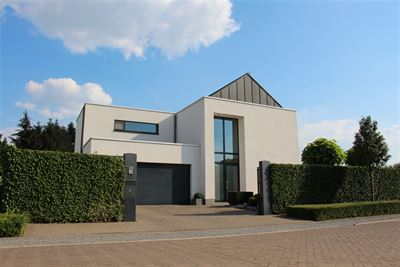 Exclusieve moderne villa te Bonheiden.