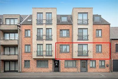 Ruim, centraal gelegen appartement te Putte, met 3 slpks en garage