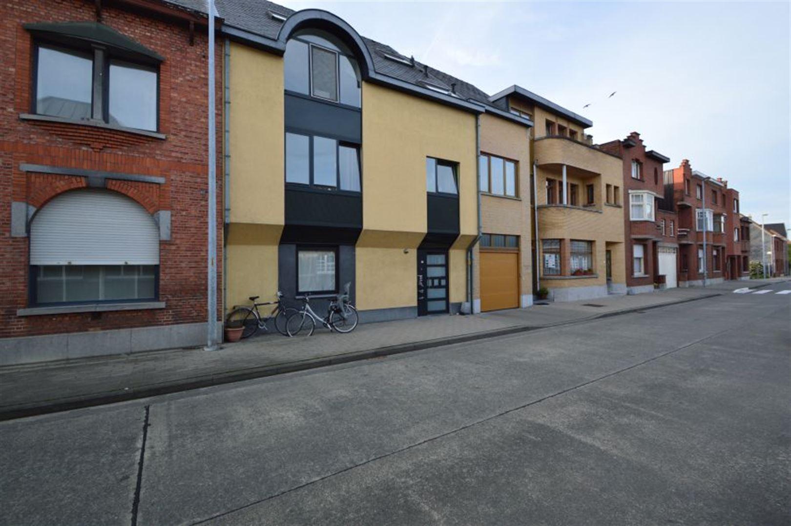 Foto 1 : Duplex/Penthouse te 9200 Baasrode (België) - Prijs € 585