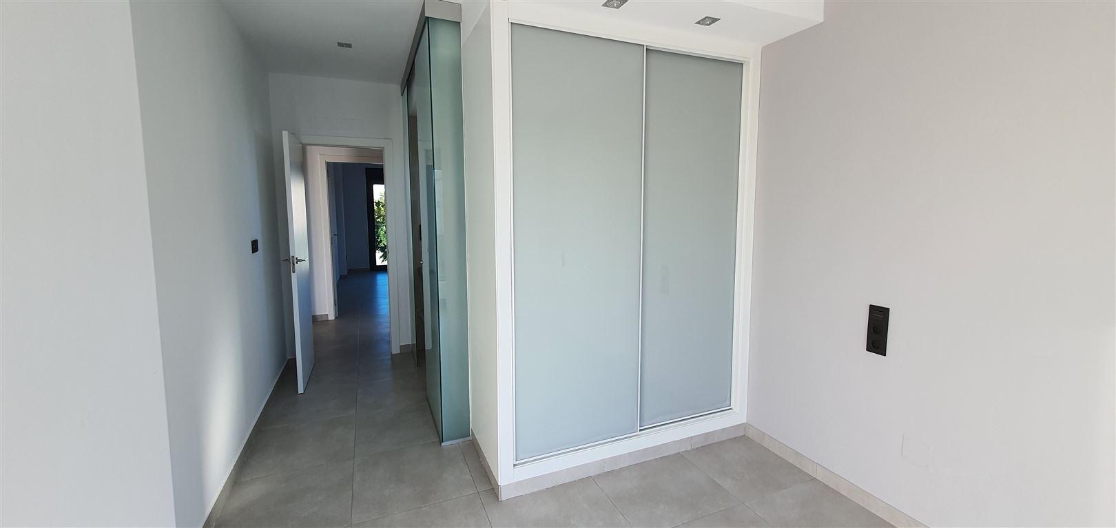 Foto 6 : Appartement te  GUARDAMAR (Spanje) - Prijs € 184.900