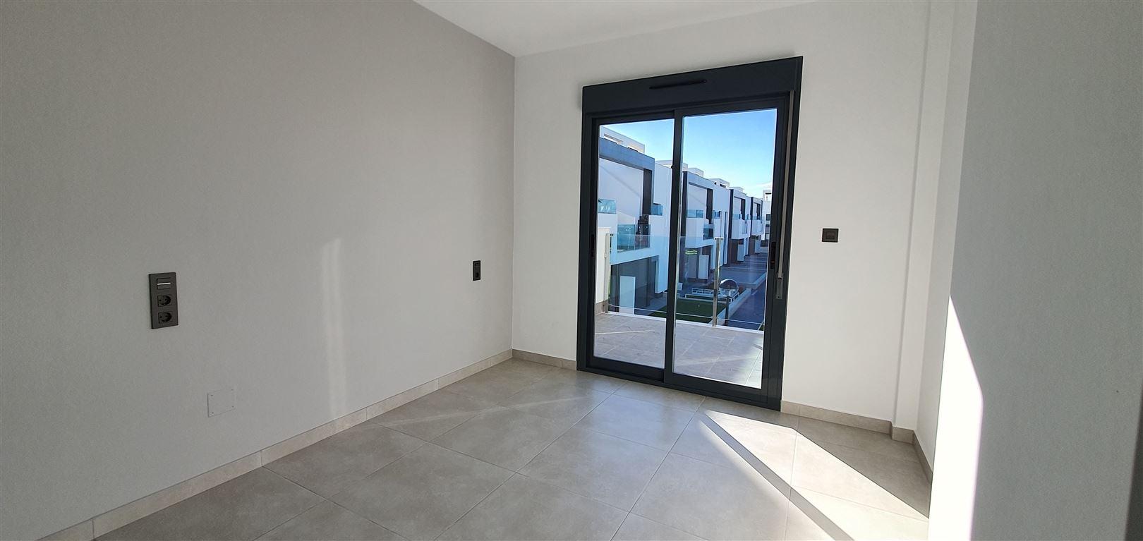 Foto 5 : Appartement te  GUARDAMAR (Spanje) - Prijs € 184.900