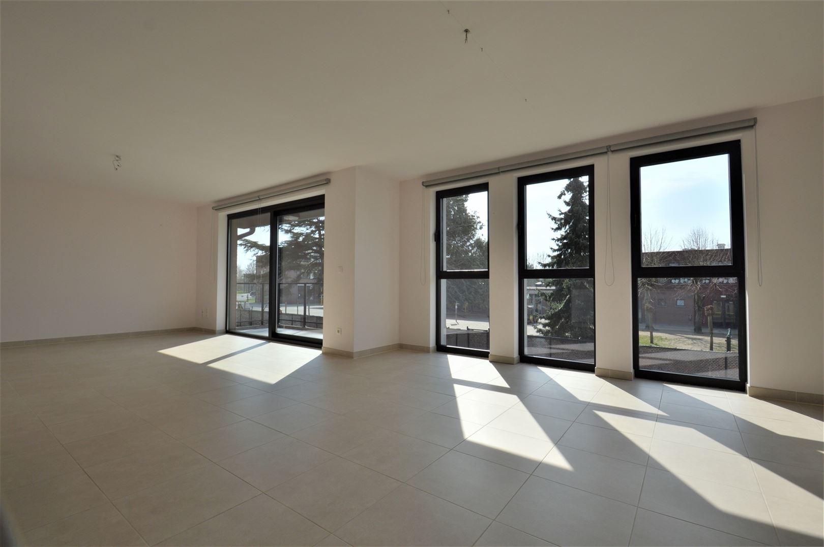 Foto 8 : Appartement te 9200 GREMBERGEN (België) - Prijs € 795
