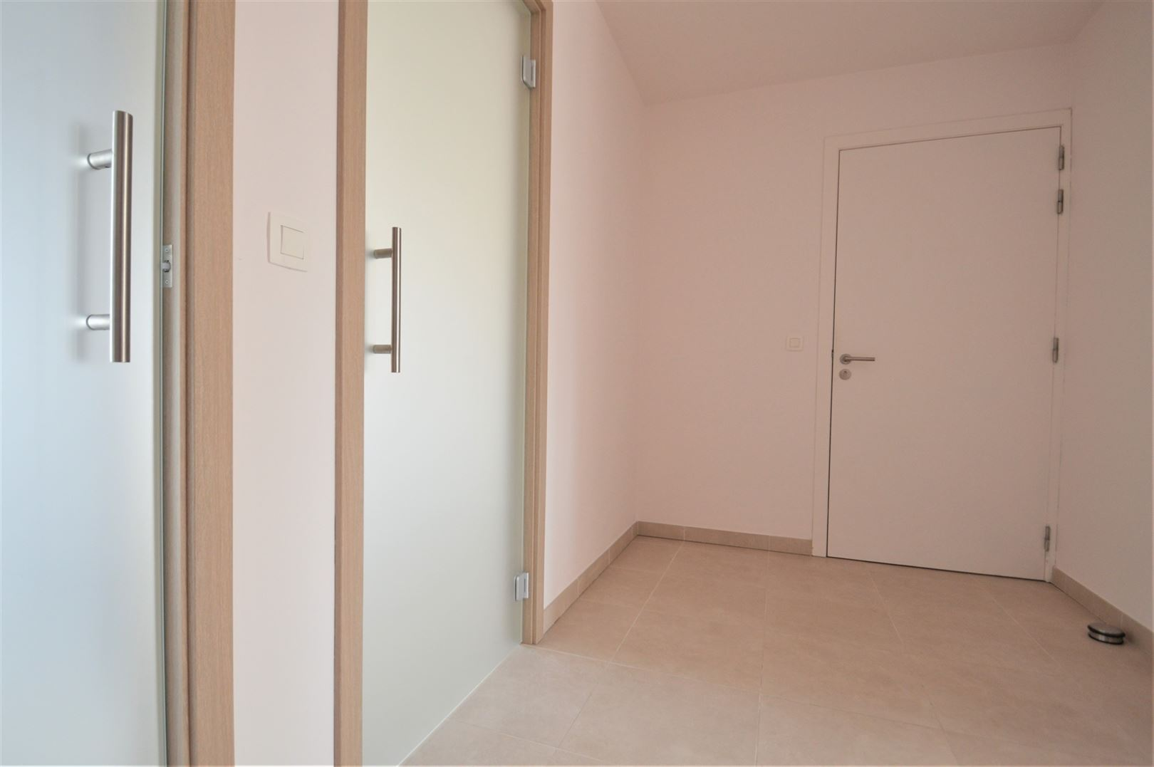 Foto 12 : Appartement te 9200 GREMBERGEN (België) - Prijs € 795