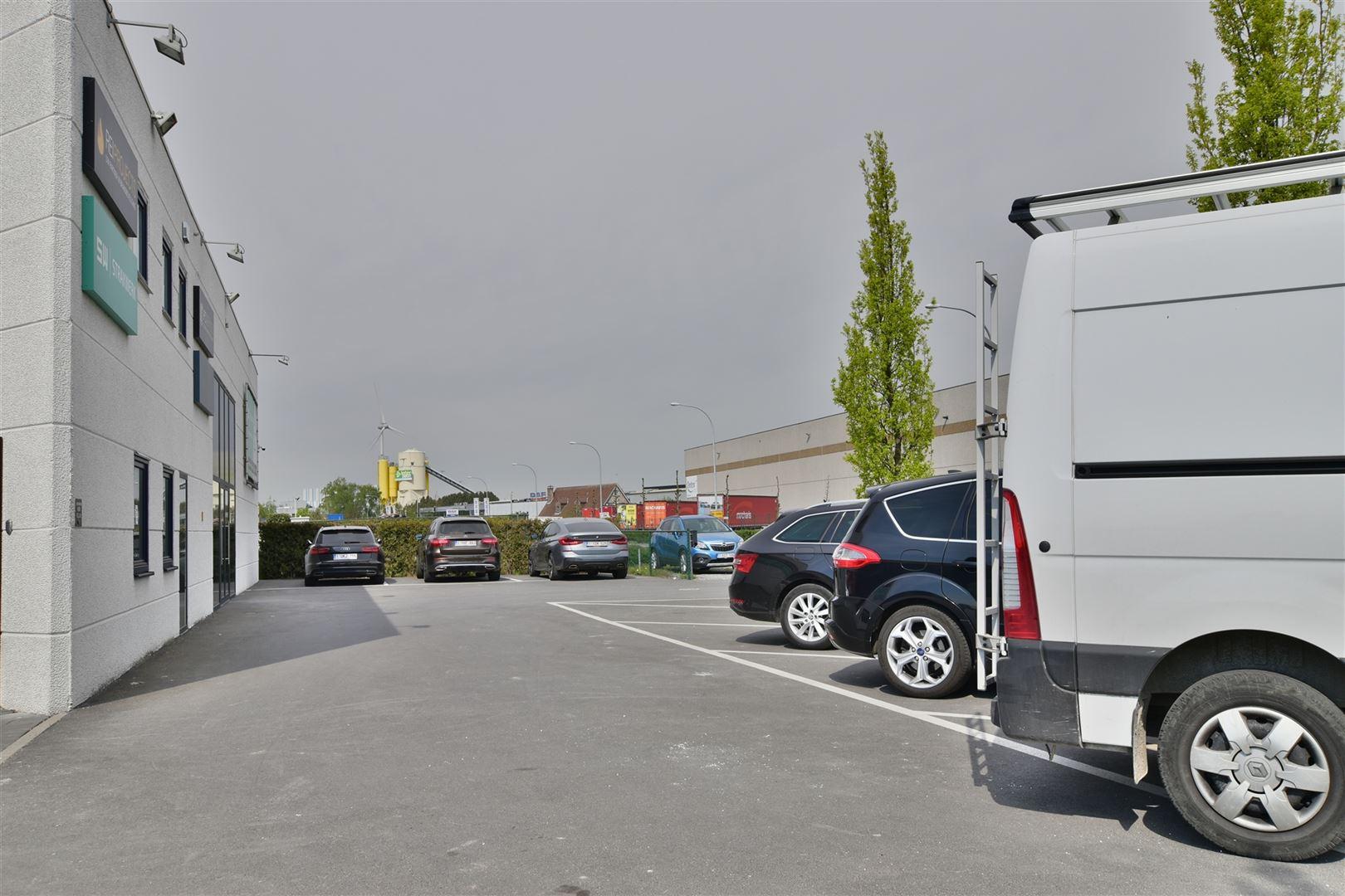 Foto 4 : Magazijn te 9200 DENDERMONDE (België) - Prijs € 559.000