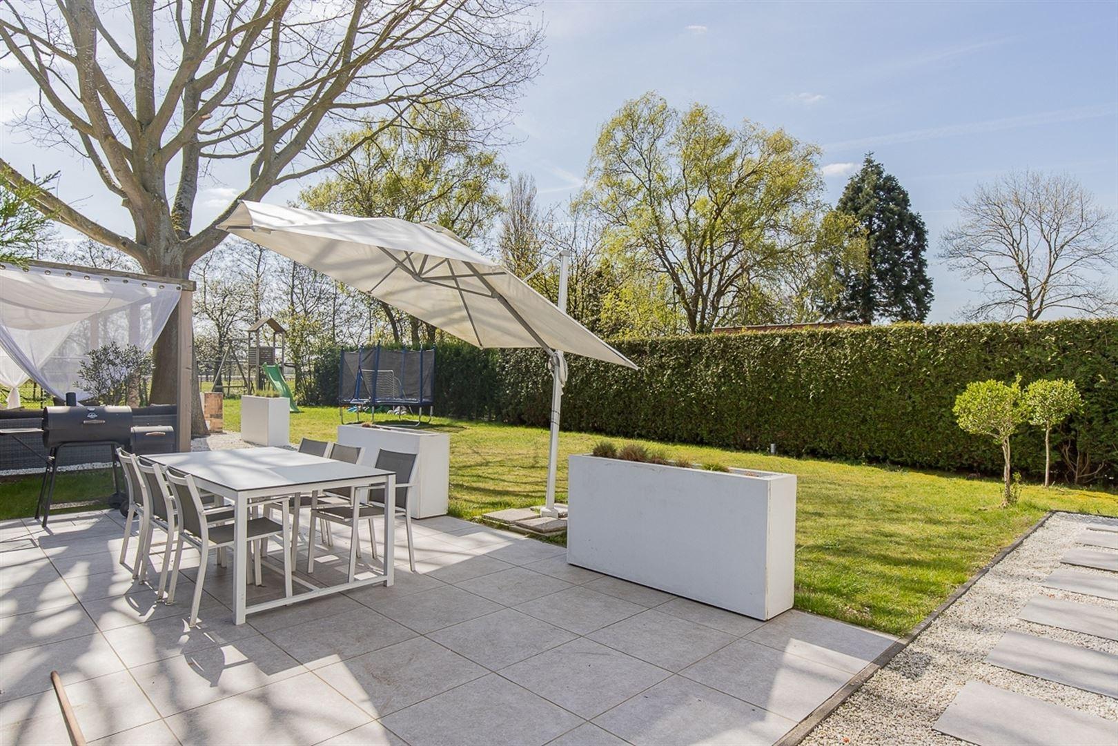 Foto 23 : Villa te 9100 SINT-NIKLAAS (België) - Prijs € 549.000