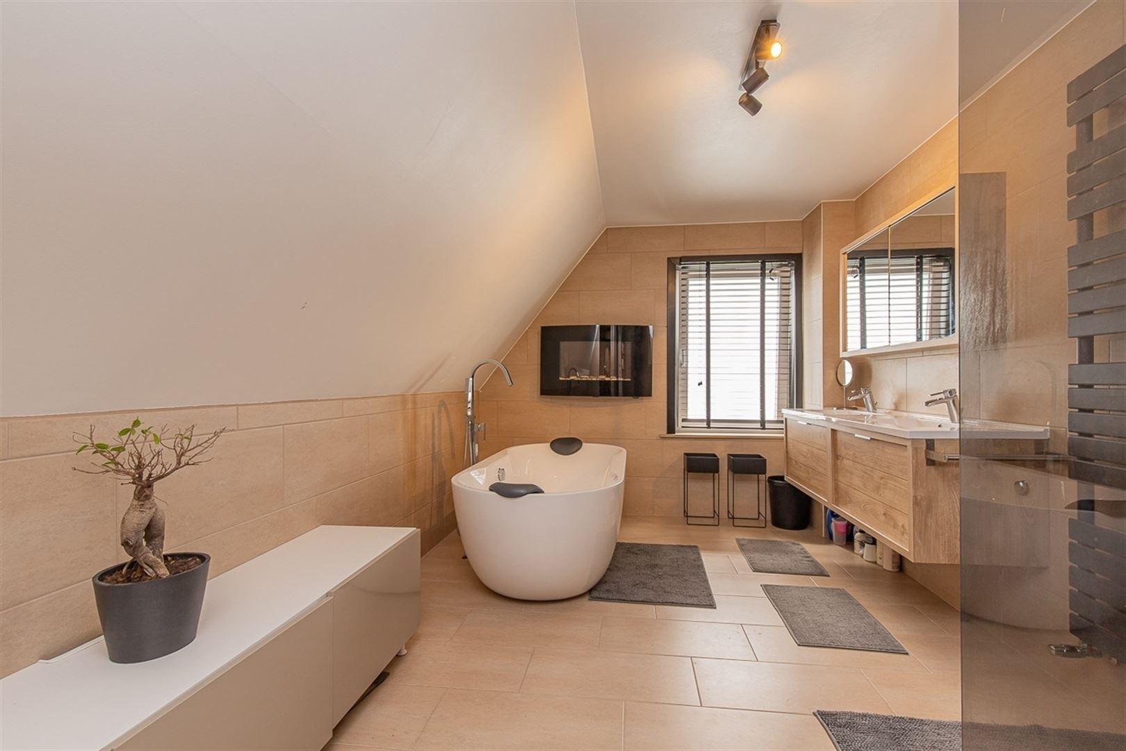 Foto 17 : Villa te 9100 SINT-NIKLAAS (België) - Prijs € 549.000