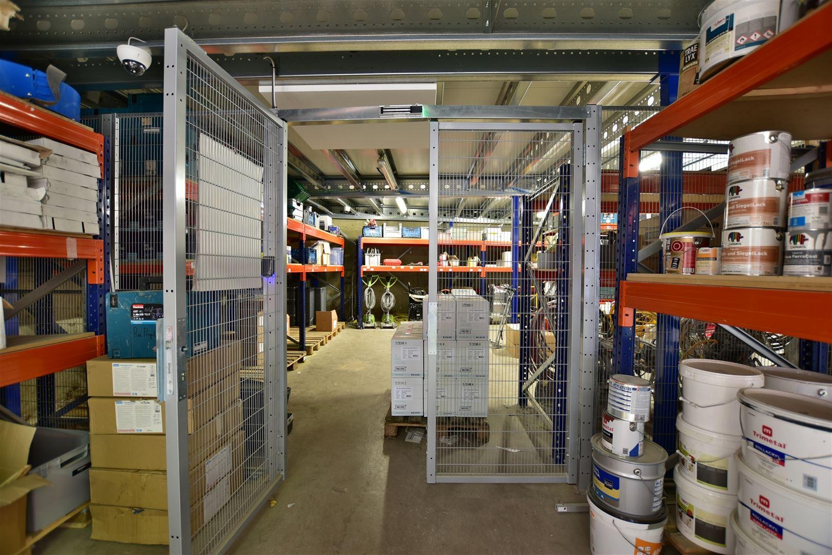 Foto 13 : Magazijn te 9200 DENDERMONDE (België) - Prijs € 559.000