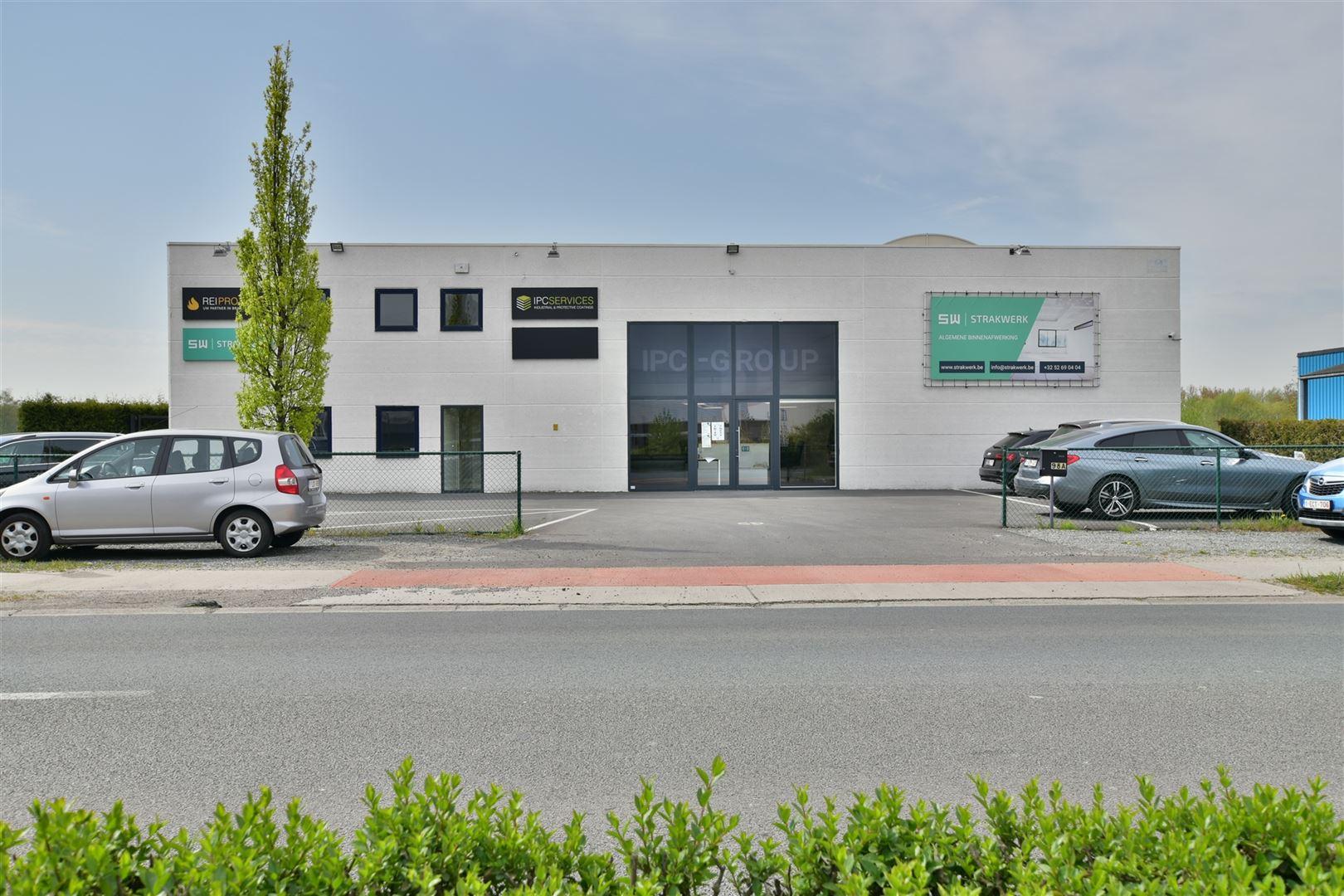 Foto 1 : Magazijn te 9200 DENDERMONDE (België) - Prijs € 559.000