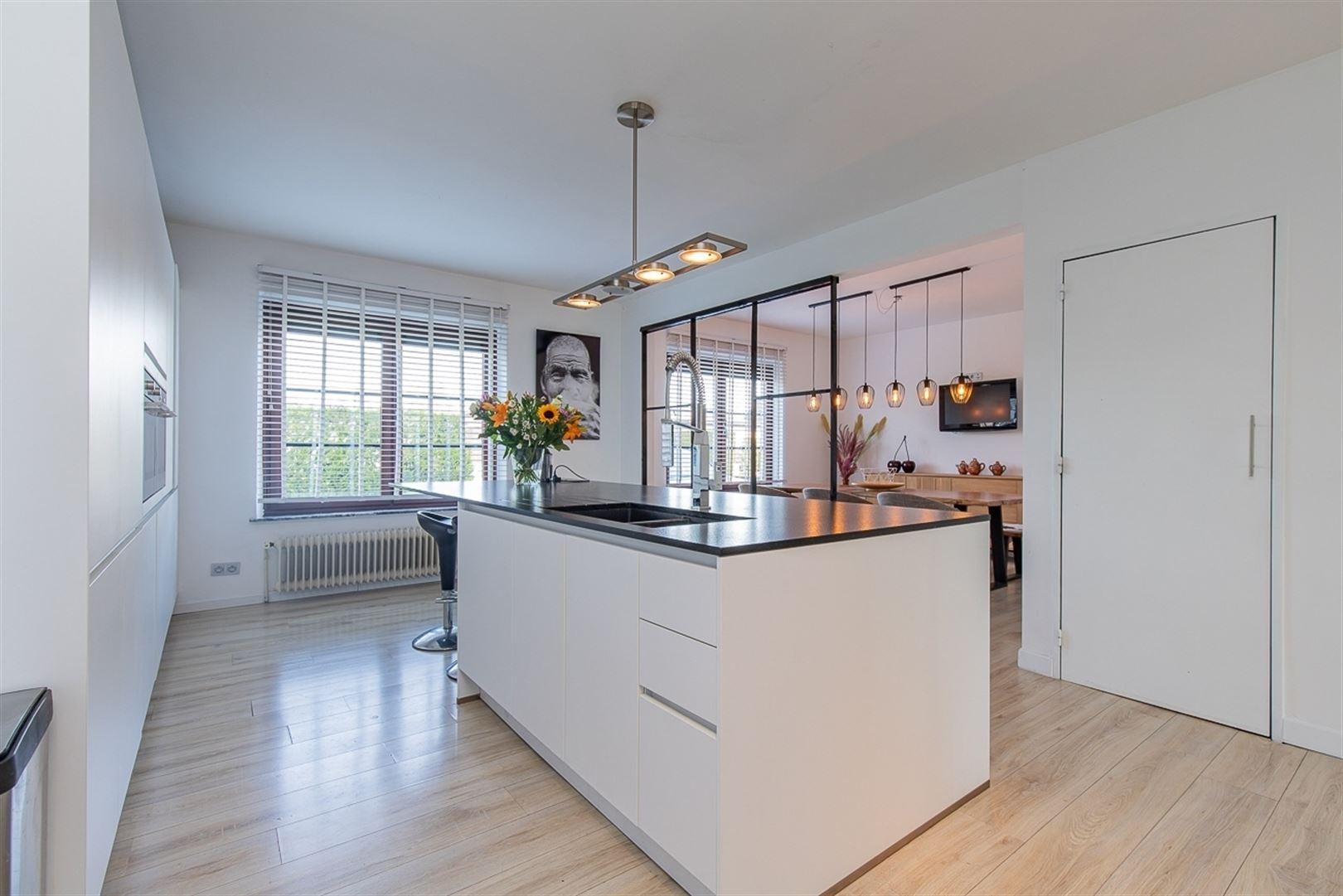 Foto 2 : Villa te 9100 SINT-NIKLAAS (België) - Prijs € 549.000