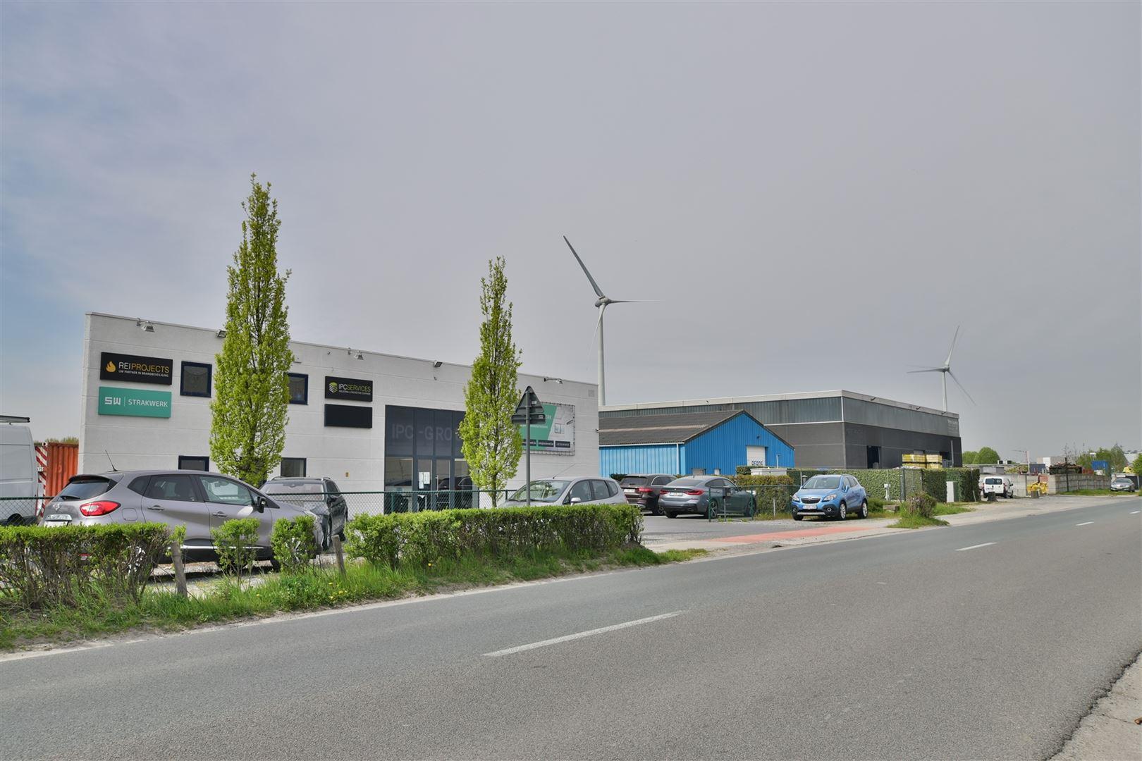 Foto 2 : Magazijn te 9200 DENDERMONDE (België) - Prijs € 559.000