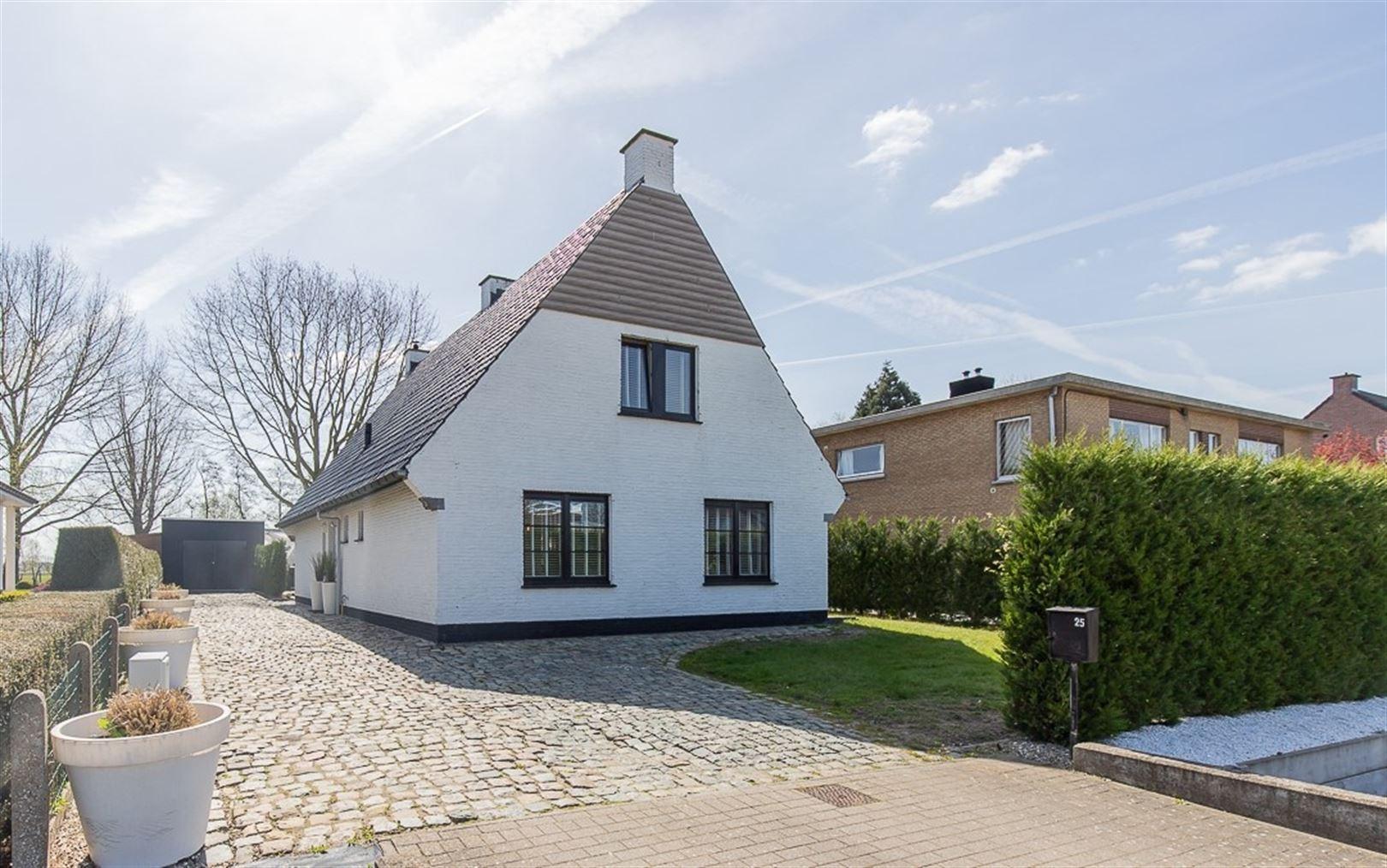 Foto 1 : Villa te 9100 SINT-NIKLAAS (België) - Prijs € 549.000