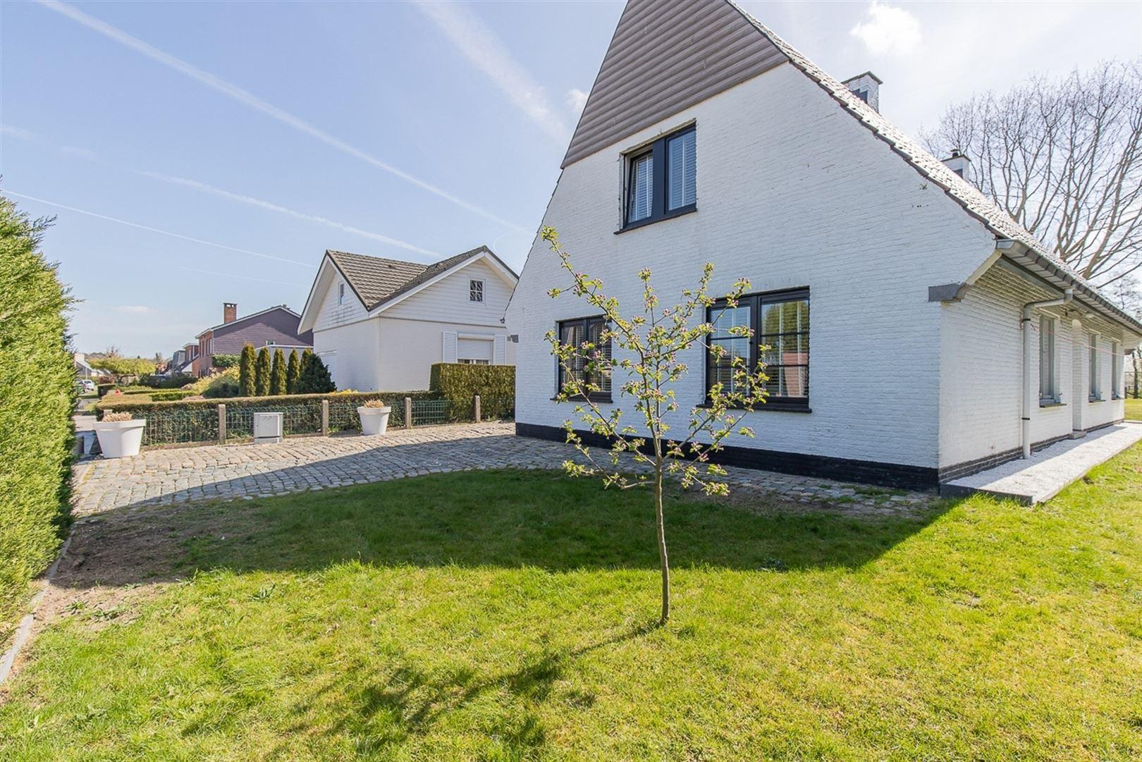 Foto 29 : Villa te 9100 SINT-NIKLAAS (België) - Prijs € 549.000