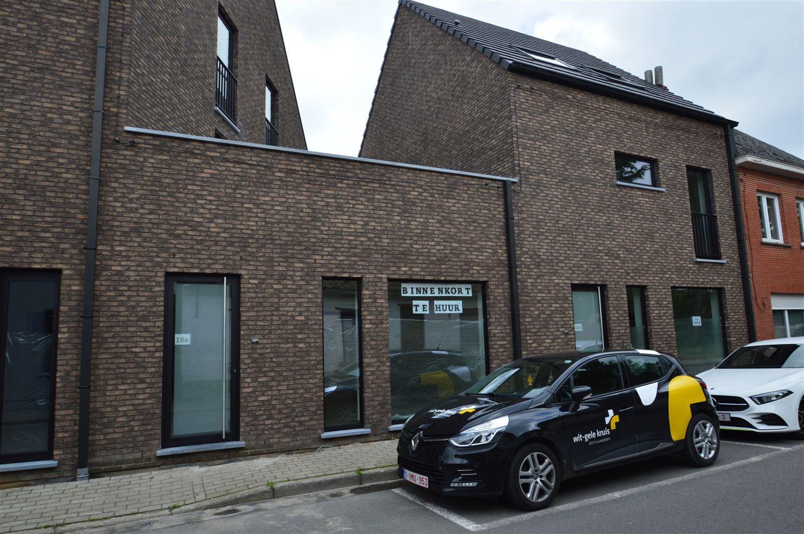 Foto 1 : Appartement te 9200 APPELS (België) - Prijs € 700