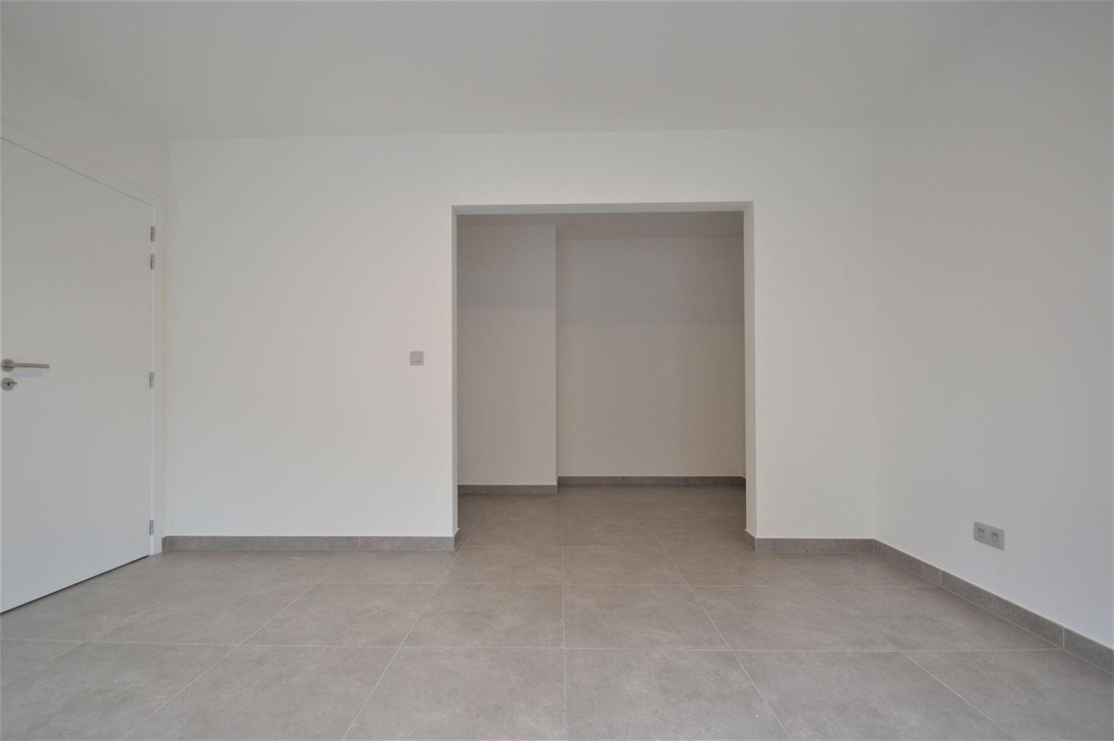 Foto 5 : Huis te 9200 APPELS (België) - Prijs € 950