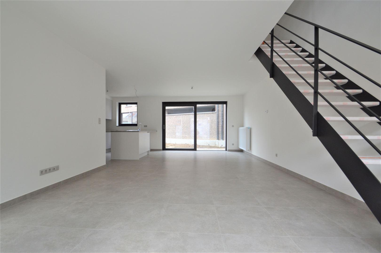 Foto 2 : Huis te 9200 APPELS (België) - Prijs € 950