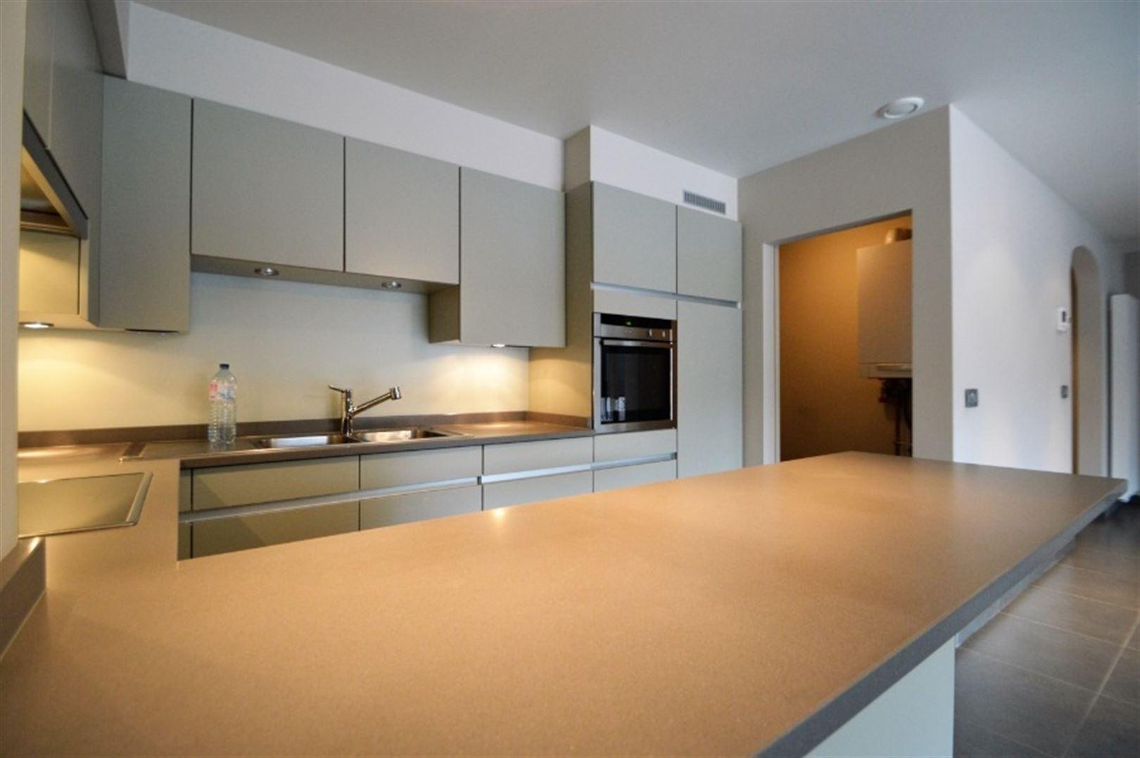 Foto 10 : Appartement te 9240 Zele (België) - Prijs € 725