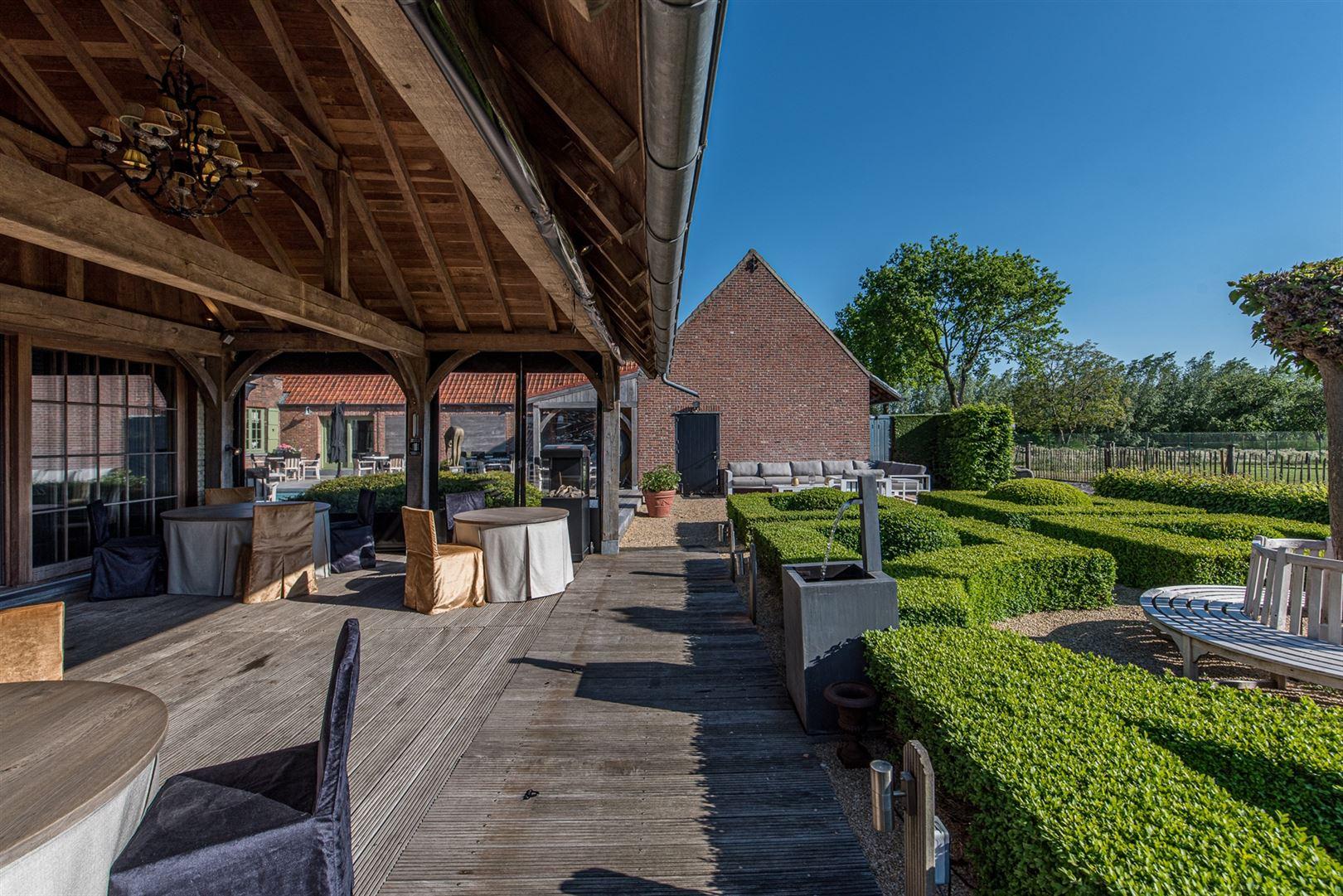 Foto 38 : Handelspand te 9160 LOKEREN (België) - Prijs € 1.400.000