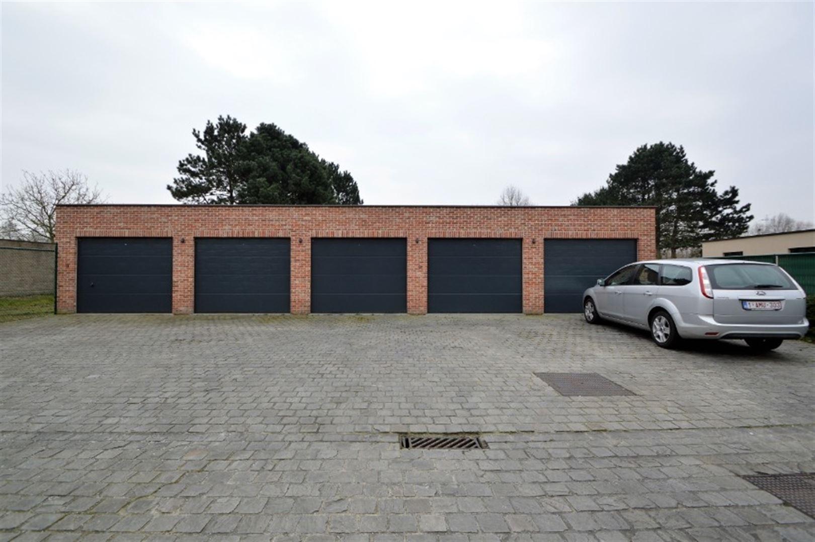 Foto 19 : Appartement te 9240 Zele (België) - Prijs € 725