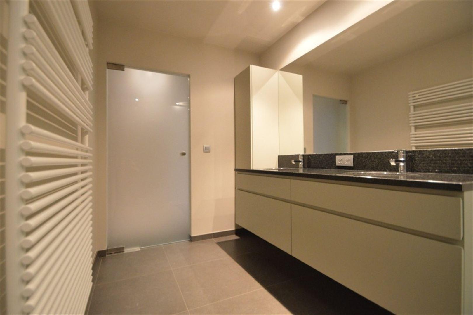 Foto 14 : Appartement te 9240 Zele (België) - Prijs € 725