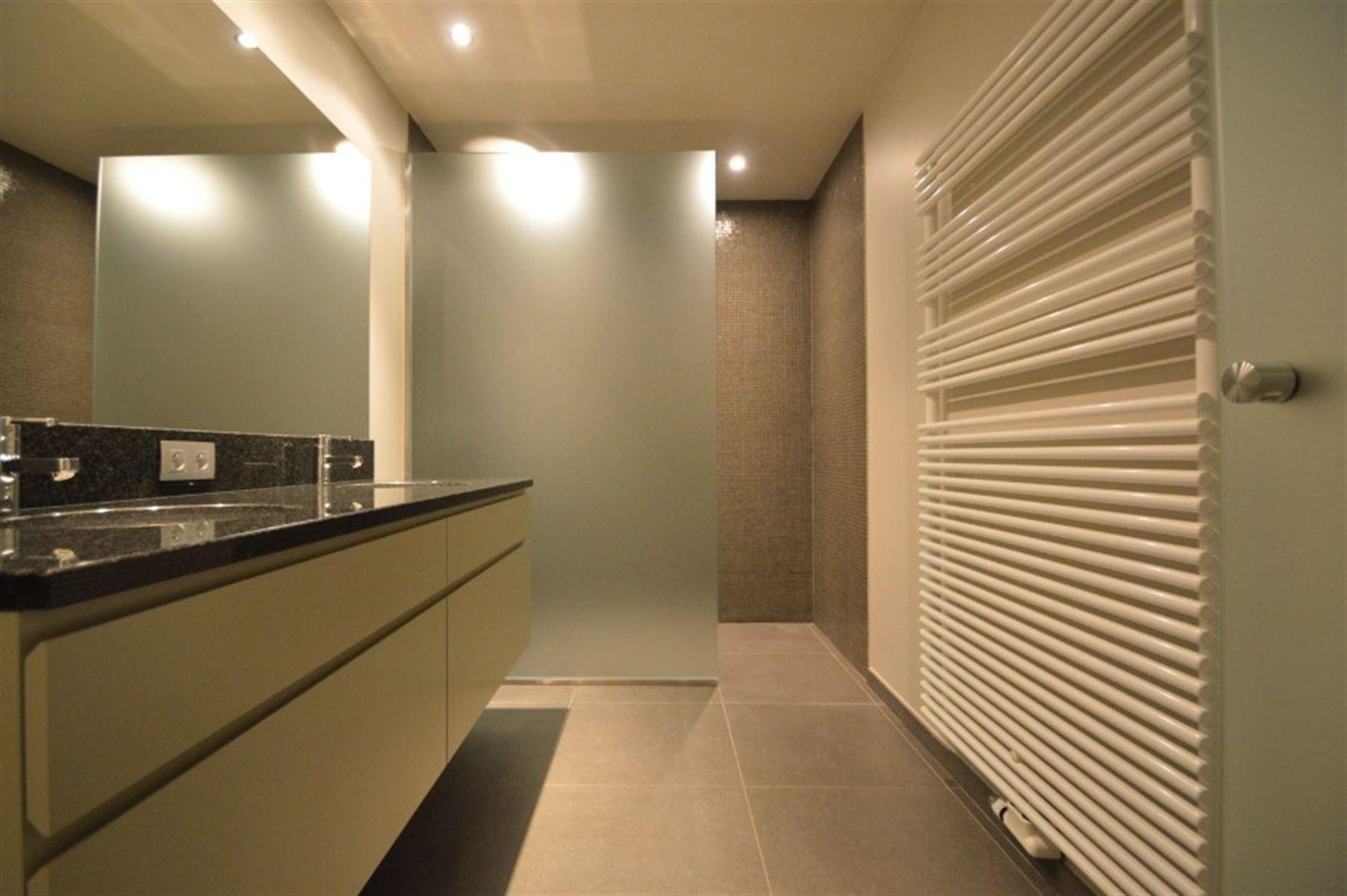 Foto 12 : Appartement te 9240 Zele (België) - Prijs € 725