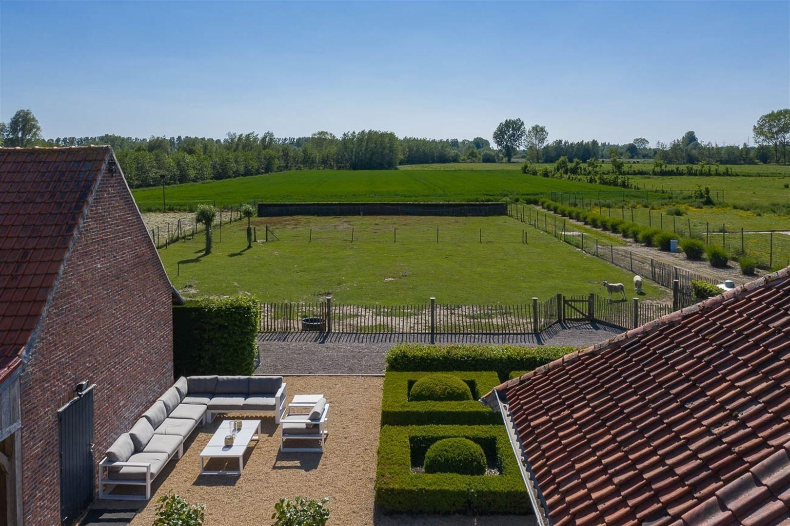 Foto 10 : Gemengd gebouw te 9160 LOKEREN (België) - Prijs € 1.400.000