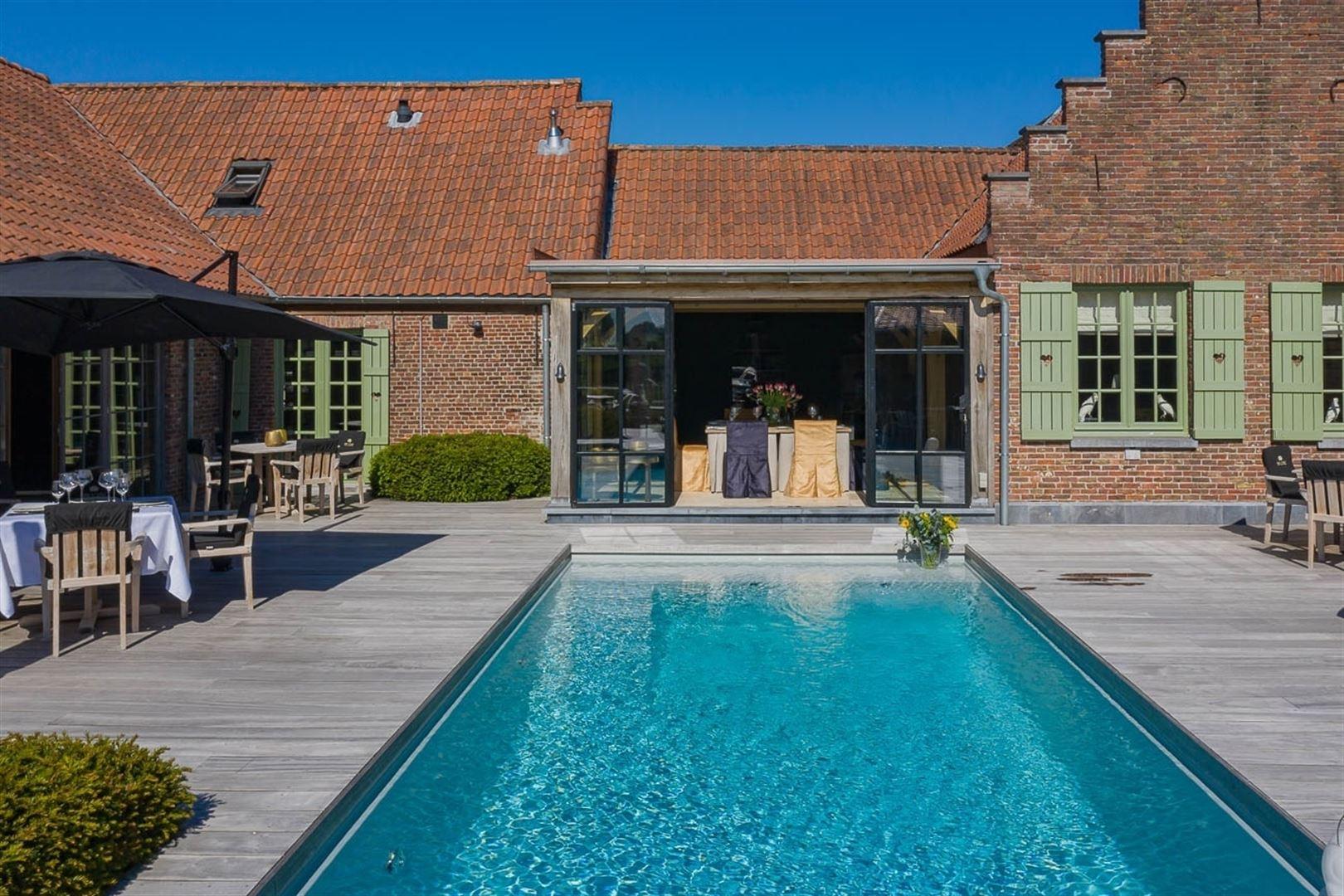 Foto 9 : Gemengd gebouw te 9160 LOKEREN (België) - Prijs € 1.400.000