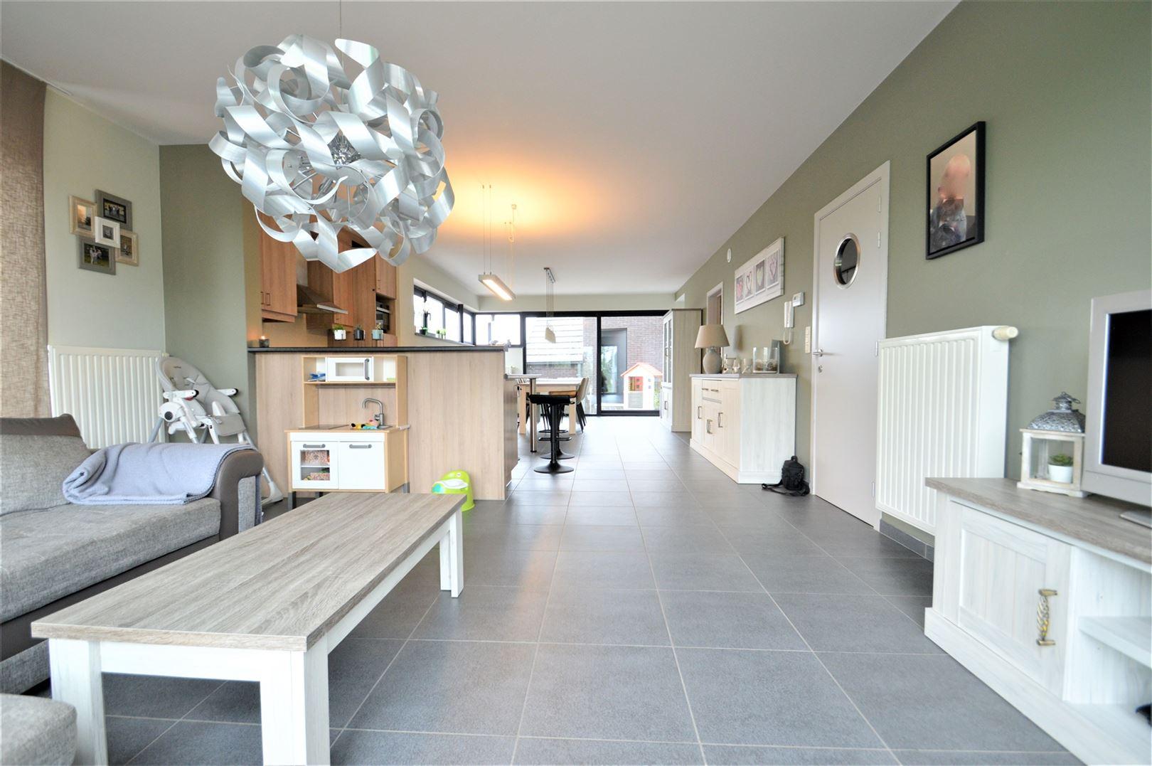 Foto 1 : Appartement te 9200 BAASRODE (België) - Prijs € 750
