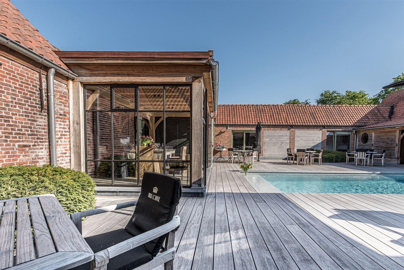 Foto 23 : Gemengd gebouw te 9160 LOKEREN (België) - Prijs € 1.400.000