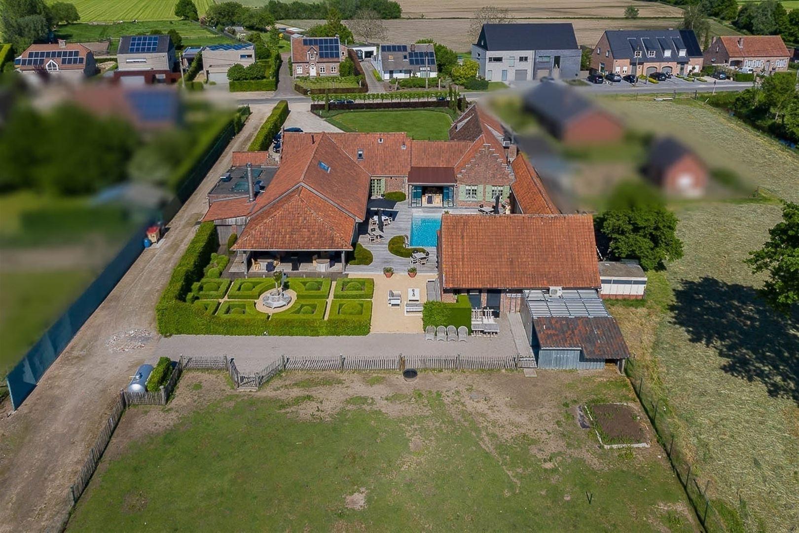 Foto 4 : Gemengd gebouw te 9160 LOKEREN (België) - Prijs € 1.400.000