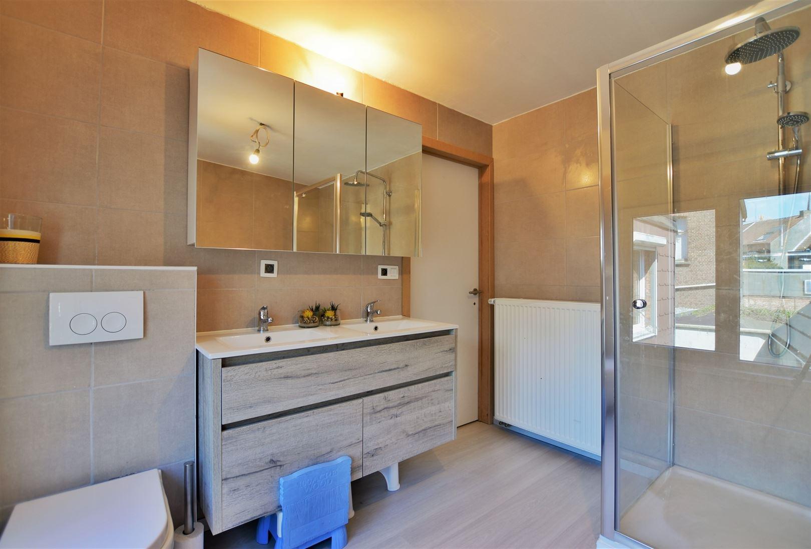 Foto 6 : Woning te 9220 HAMME (België) - Prijs € 239.000
