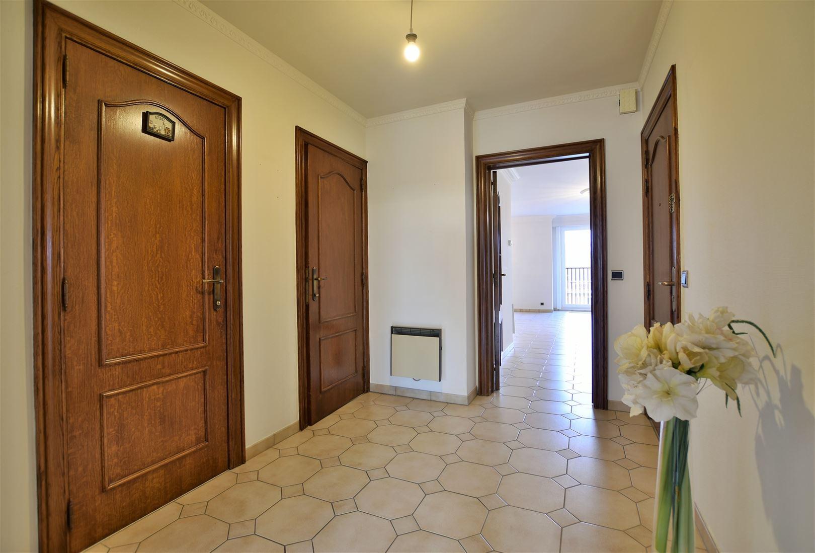 Foto 11 : Appartement te 9240 ZELE (België) - Prijs € 299.000