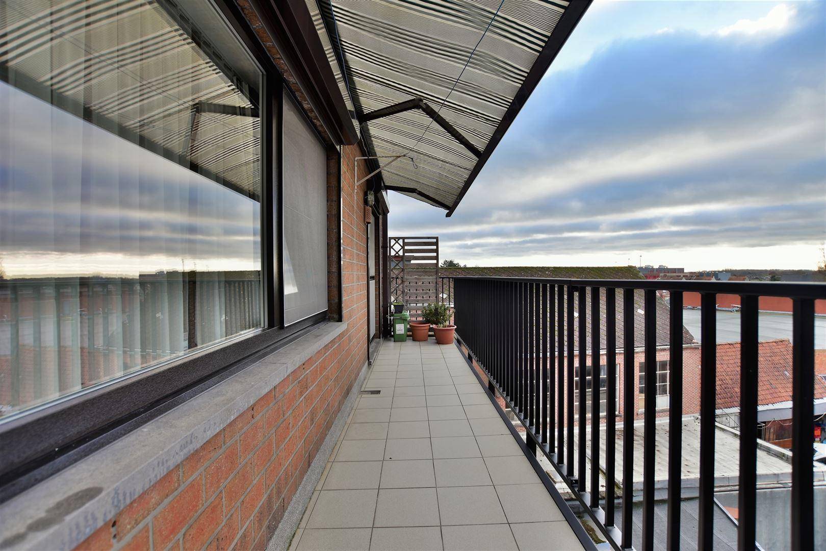 Foto 16 : Appartement te 9240 ZELE (België) - Prijs € 299.000