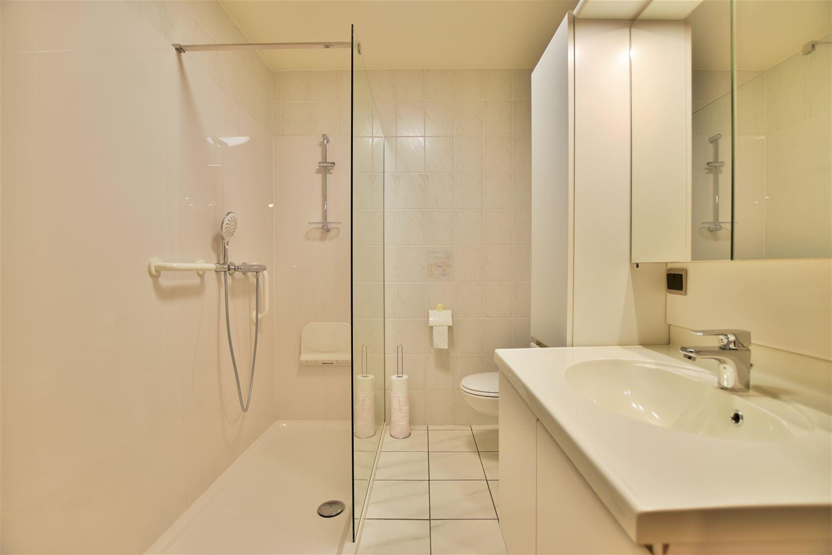 Foto 12 : Appartement te 9240 ZELE (België) - Prijs € 299.000