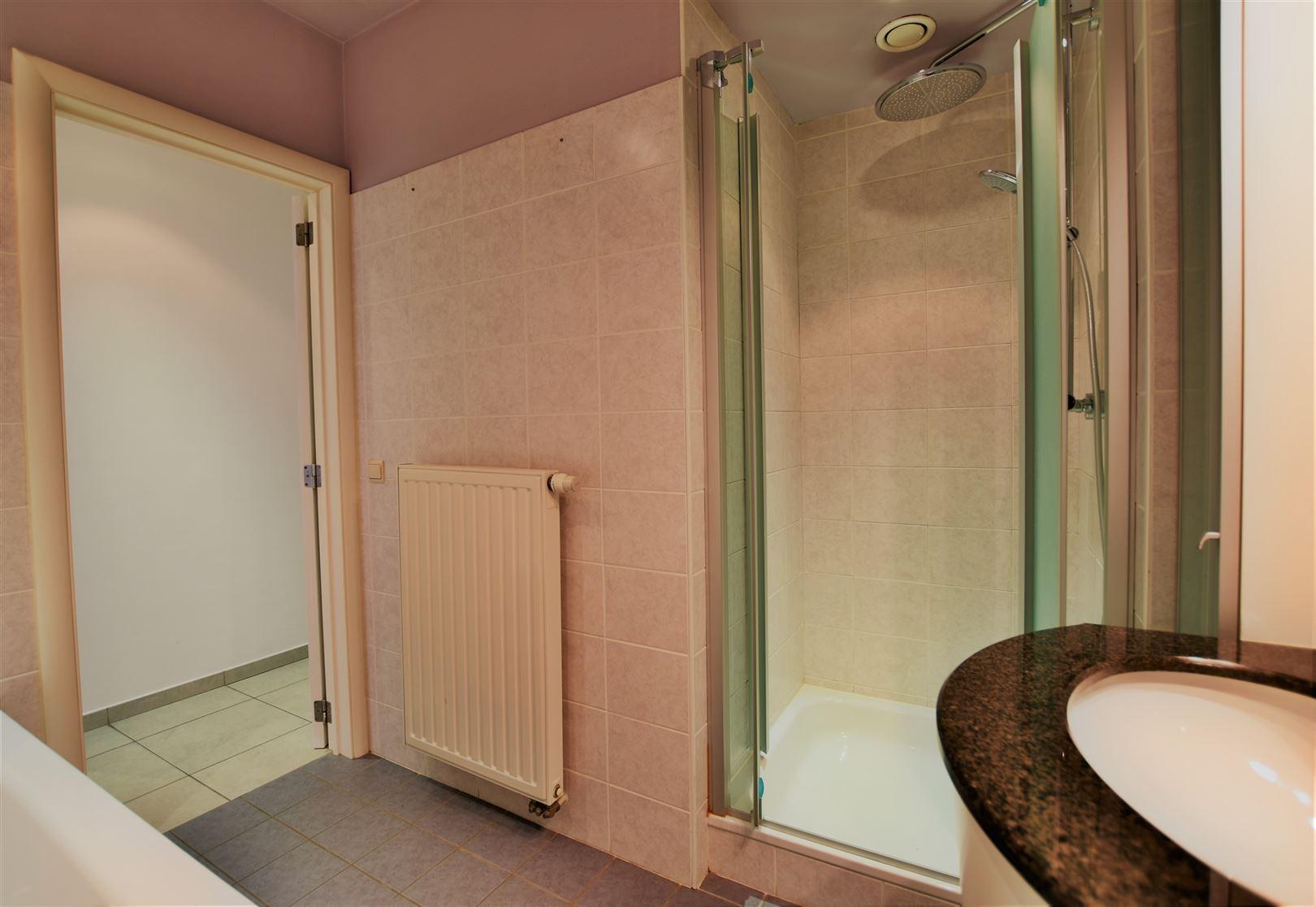 Foto 18 : Appartement te 8400 OOSTENDE (België) - Prijs € 299.000
