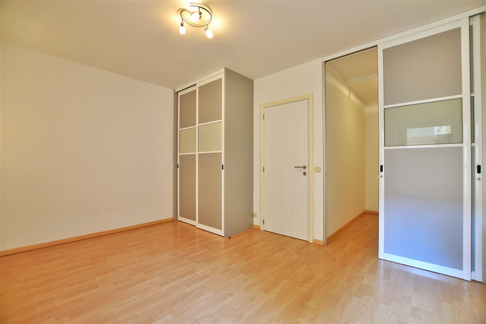 Foto 14 : Appartement te 8400 OOSTENDE (België) - Prijs € 299.000