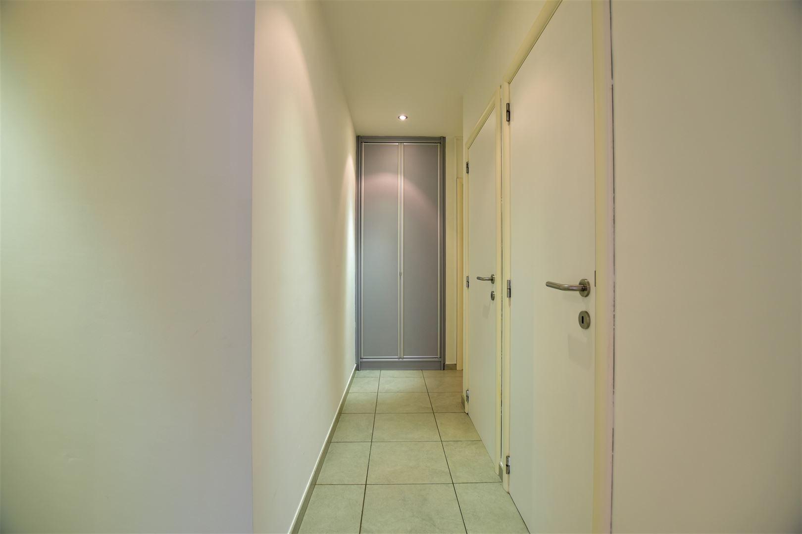 Foto 19 : Appartement te 8400 OOSTENDE (België) - Prijs € 299.000